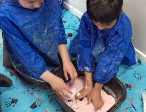 Year 1- Science experiment Non Newtonian Liquid